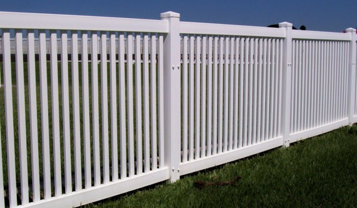Reno Custom Fence Builder & Gate Services - Vinyl Fences, Wood Fences, Aluminum Fences, PVC Pergola, Repairs & Replacement, Gates- 40