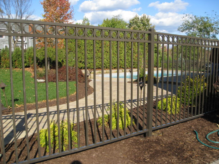 Reno Custom Fence Builder & Gate Services - Vinyl Fences, Wood Fences, Aluminum Fences, PVC Pergola, Repairs & Replacement, Gates- 5